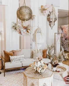 The biggest 2019 wedding trends spotted at Modern Love Event San Diego - 100 Layer Cake Moroccan Theme, Moroccan Wedding, Moroccan Lounge, Moroccan Bedroom, Moroccan Interiors, Moroccan Tiles, Modern Love, Modern Colors, Deco Boheme Chic