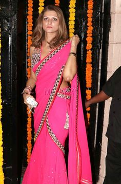 Nandita Mahtani at Ekta Kapoor's Diwali bash. #Page3 #Fashion #Style #Beauty #Hot #Sexy #Saree Arjun Kapoor, Shraddha Kapoor, Vidya Balan, Sonakshi Sinha, Film Industry, Diwali, Actors & Actresses, Sarees, Cool Style
