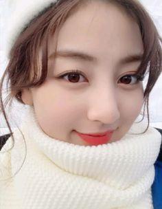 Elsa Jihyo Nayeon, Kpop Girl Groups, Korean Girl Groups, Kpop Girls, Leader Twice, Park Ji Soo, Jihyo Twice, Twice Once, Stuck In My Head