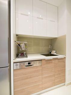 small modern kitchen http://3adizajn.rs/kuhinje/