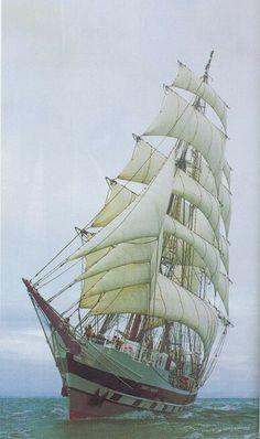 lawrence.edwards/tallships/195 FT BRIG