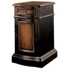 Hooker Furniture Preston Ridge Single Drawer Hall Accent Table ($407) ❤ liked on Polyvore featuring home, furniture, tables, accent tables, chocolate, dark coffee table, brown coffee table, dark brown furniture, two tone furniture and hooker furniture