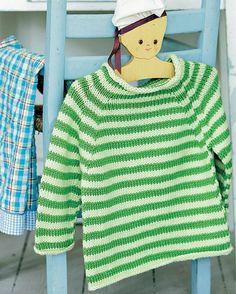 Denne skønne stribede barnesweater er da ikke til at stå for. Baby Sweater Knitting Pattern, Knitting Patterns Free, Free Knitting, Baby Knitting, Free Pattern, Knitting For Kids, Crochet For Kids, Knit Crochet, Baby Barn