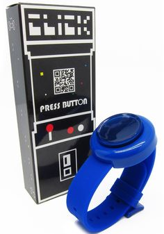 CLICK ARCADE BUTTON WATCH - Seems somewhat impracticable, but neat.