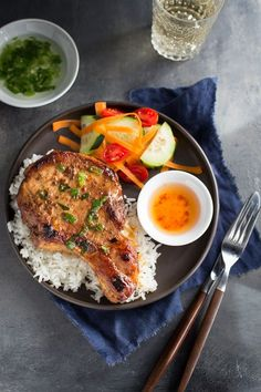 Vietnamese Pork Chops - traditional Vietnamese pork chops with a caramelized glaze of oyster sauce, fish sauce, hoisin sauce, and honey. | tamingofthespoon.com