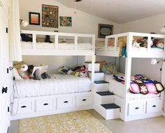 Decorating Ideas For Girls Bedrooms – 5 Age Groups – 5 Ideas This fun bunk room was sent in from Kelly Moore – Girls Room Furniture Bunk Bed Rooms, Bunk Beds Built In, Modern Bunk Beds, Bunk Beds With Stairs, Kids Bunk Beds, Bunk Bed Ideas For Small Rooms, Corner Bunk Beds, Bunkbeds For Small Room, L Shaped Bunk Beds