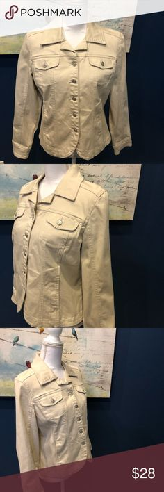 A.M.I Women's Jacket Bone, Off White Size: M Excellent Condition, Gently Worn! A.M.I Jackets & Coats