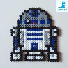R2D2 Star Wars  hama beads by Daria DaMatti