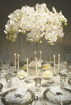 High Table Centrepiece #White #Wedding … Wedding #ideas for brides, grooms, parents & planners https://itunes.apple.com/us/app/the-gold-wedding-planner/id498112599?ls=1=8 … plus how to organise an entire wedding, within ANY budget ♥ The Gold Wedding Planner iPhone #App ♥ For more http://pinterest.com/groomsandbrides/boards/ #Budget #Ideas #Tables #Receptions #Candles