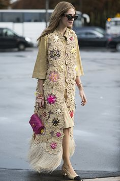 Chanel 經典雙色鞋款,58年後再度成為流行焦點