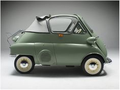 The Isetta microcar was designed by a refrigerator company. Like a fridge, it ha. The Isetta microcar was designed by a refrigerator company. Like a fridge, it has only one door and it's right on. Bmw Isetta, Bmw E46, Microcar, Automobile, Bmw Classic Cars, Weird Cars, Strange Cars, Transporter, Unique Cars