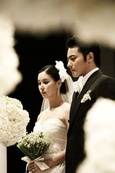 Jang Dong-gun marries Go So-young