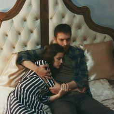 Nikki shikaliyeva ➹ #sak #senanlatkaradeniz #neftah #nefes #tahir #series #ulastunaastepe #iremhelvacıoglu Perfect Couple, Fan Page, Turkish Actors, Snapchat, My Life, Couple Photos, Atv, Celebrities, Turkish People