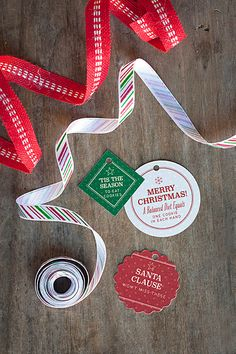 Holiday DIY: Paper Plate Cookie Boxes - Party Inspiration Holiday Ideas, Holiday Gifts, Christmas Ideas, Diy Paper, Paper Crafts, Club Magazine, Christmas Art Projects, Cookie Box, Cake Decorating Techniques