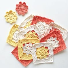 An easy and detailed tutorial on how to turn the easy peasy flowers into squares.