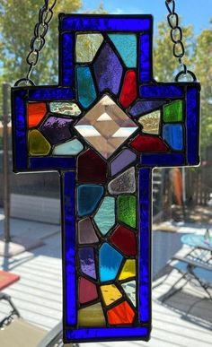 Stained Glass Designs, Stained Glass Projects, Stained Glass Patterns, Stained Glass Art, Stained Glass Christmas, Christmas Cross, Spider Web Decoration, Card Ideas, Diy Ideas