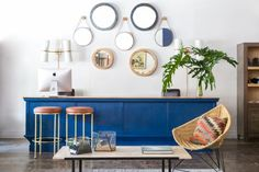 Get the Look: A Breezy, Cobalt Sitting Area via @domainehome