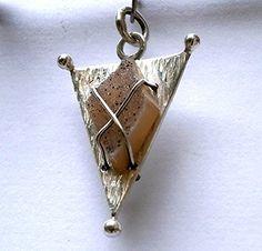 Triangle Druzy Quartz Pendant Konstantis Jewelry http://www.amazon.com/dp/B00QNNVRV4/ref=cm_sw_r_pi_dp_-TiKub0VN7FKE