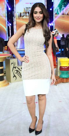 Ileana D'Cruz on 'India's Got Talent' to promote 'Main Tera Hero'. #Style…