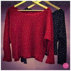 Um tricot lindo semi cropped, você vai de vermelho ou preto? #vemprazas