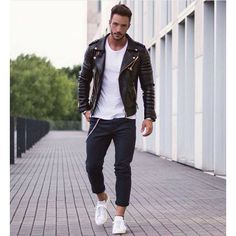 Black Jeans Outfit, Leather Jacket Outfits, Leather Jackets, Look Fashion, Mens Fashion, Fashion Outfits, Fashion Guide, Fashion Ideas, Fashion Inspiration