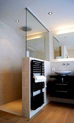 Behindertengerechtes Bad, Small Bathroom Storage, Shower Inspiration, Inside Design, Interior Design Kitchen, Interior Modern, Modern Luxury, Room Decor Bedroom, Diy Home Decor