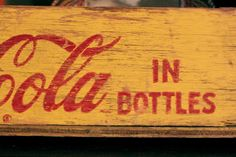 Coke Bottle Crate Vintage Coke, Retro Vintage, Vintage Style, Pepsi, Coca Cola, Soda Fountain, Root Beer, Crates, Lettering