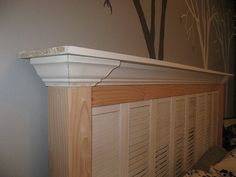 This is a really thrify and ingenious way of making a head board.