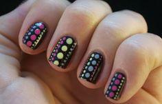 Como hacer puntos en las uñas con esmalte, como hacer puntos de colores en uñas. Clic Follow, Únete al CLUB, síguenos! #uñasbonitas #nails #uñassencillas