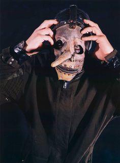 The Definitive History Of Every Slipknot Mask