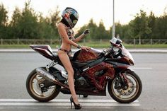 Cars Discover 32 Biker Chicks That Make You Want To RIDE beaux sport voitures Lady Biker Biker Girl Motos Sexy Chicks On Bikes Motorbike Girl Gsxr 600 Hot Bikes Sportbikes Biker Chick Lady Biker, Biker Girl, Motos Sexy, Bb Beauty, Chicks On Bikes, Motorbike Girl, Gsxr 600, Bmw, Hot Bikes