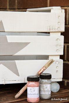 Tutoriales diy para pintar con chalkpaint una caja de frutas y convertirla en una caja de juguetes para tu bebé.