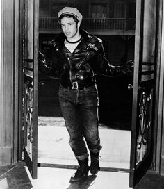 Marlon Brando effortlessly captures Hollywood's take on the dangerous biker.