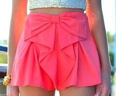 shorts shorts bow skirt pink skirt top skort love need this help tank top gold crop top gold glitter crop top skirt glitter Look Fashion, Teen Fashion, Womens Fashion, Fashion 2014, Asian Fashion, Fashion Trends, Fashion Beauty, Bow Skirt, Coral Skirt