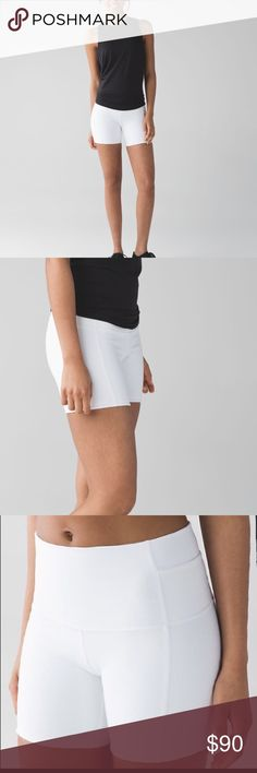 """Lululemon Wunder Under Short 5"""" Lululemon Wunder Short 5"""" Full-On Luon Size 6. Worn twice. Still have rip tags attached These shorts contour your body to hug you in all the right places and keep you covered. A tight-knit version of our Luon® fabric, sweat-wicking Full-On® Luon is four-way stretch and provides incredible support and coverage incredible support and coverage sweat-wicking four-way stretch cottony-soft handfeel naturally breathable LYCRA® Added LYCRA® fibre for great shape…"""