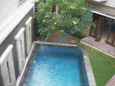 Desain Kolam Renang Kecil Mungil di Belakang, Rumah