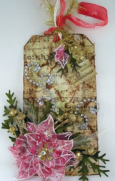 Poinsettia is wax paper and alcohol inks - Must Try