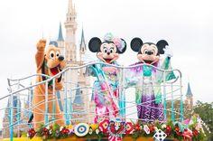東京ディズニーランド/東京ディズニーシーのお正月 東京ディズニーランドと東京ディズニーシーでは、2016年1月1日(金)から1月5日(火)の5日間、お正月限定の...