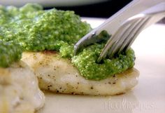 Spinach Pesto Chicken Recipe for the HCG Diet Phase 2. Fresh spinach, basil and zesty garlic make this hCG diet recipe a real favorite.