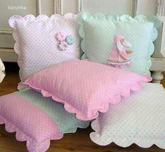 I love sewing ^_^ Cute Cushions, Cute Pillows, Baby Pillows, Decorative Cushions, Throw Pillows, Sewing Crafts, Sewing Projects, Sewing Pillows, Baby Sewing
