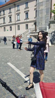Irene♥(✿ฺ´∀`✿ฺ)ノ Seulgi, Red Velvet アイリーン, Red Velvet Irene, Kpop Fashion Outfits, Girl Outfits, Korean Girl, Asian Girl, Korean Star, Red Valvet