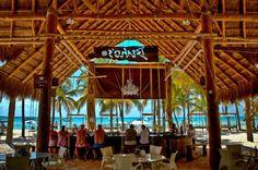beachfront bar, Isla Mujeres, Mexico
