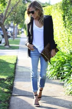 Black blazer, white T, heels & boyfriend jeans - so simple