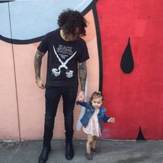 i'd trade all my tomorrows for just one yesterday ✧ joe trohman (+ daughter) of fall out boy