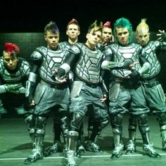 787 crew AGT <3 LOVE Xpressions hair!!!!!