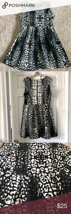 Nice Little Black Dress EUC! B&W Pattern Dress! Originally purchased from a little boutique on Newbu... Check more at http://24myshop.ga/fashion/little-black-dress-euc-bw-pattern-dress-originally-purchased-from-a-little-boutique-on-newbu/