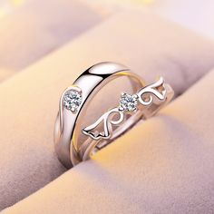 If men are trying to attempt buying diamond engagement rings for surprising their partners, it is better to research well before buying the Wide Variety Of Products, Design As You Wish. Free Engraving At DDB online jewelry Store. Platinum Wedding Rings, Silver Wedding Rings, Wedding Ring Bands, Silver Rings, Engagement Rings Couple, Couple Rings, Diamond Engagement Rings, Couple Ring Design, Fashion Rings