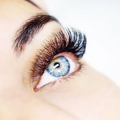 """Today's Feature Friday is the amazing @lashesbylia !! Her sets are so full and fluffy. Her work is un.real.  1. What is the best part about being a lash artist? """"The best part is making a living out of something you love! I find lashing very therapeutic, and of course there's nothing better than being your own boss 😎"""" 2. What is your favorite Bella product? """"Bella Lash tiles, hands down 🙌🏻"""" 3. How do you maintain a clientele? """"Always give it 100%. Treat your regular clients the same way…"""