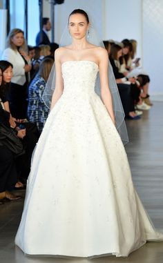 Oscar De La Renta from Best Looks From Bridal Week Summer 2017 dbcdfef66f