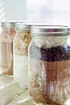 DIY Mason Jar Cookie Mixes